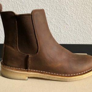 NEVER WORN Clark's Boots